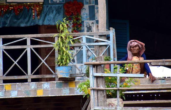 La vieille dame au balcon